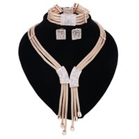Wholesale Dubai Accessories - 2017 Women Italy Dubai Three Tone Necklace Earrings Golden Jewelry Sets Wedding Party Bridal Accessories Costume jewelry