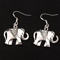 königliche ohrringe großhandel-Royal Elephant Ohrringe 925 Silber Fisch Ohr Haken Dangle 30pairs / lot Antik Silber Kronleuchter E1396 25x38mm