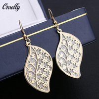 Golden Leaf 18K GP Dangle Ear Brinco Hollow Out Party Wedding Jewelry para Lay Girls Preço barato
