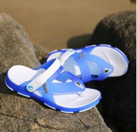 Wholesale-Hot Sale Summer Fashion Slippers Casual Beach Chaussures de mode Soft Sandales respirantes Grande taille Poids léger brun