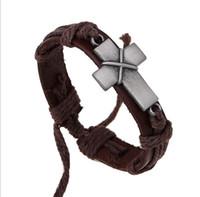 crosses bracelets al por mayor-Cruz pequeña venta al por mayor de cuero pulsera de la aleación de la aleación pulseras cruzadas cristianas pulseras con la mano Envío gratis