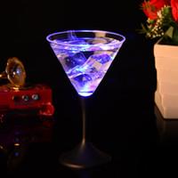neuheit bar lieferungen großhandel-LED-Licht Becher Kreative Leuchtende Tasse Bunte Flash Hohe Kapazität Cocktail Tassen Für Neuheit Geschenk Bar Liefert 5 7jc F