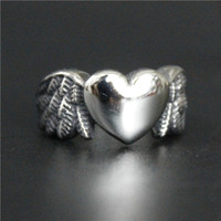 Wholesale Stainless Steel Winged Ring - Size 5 to 11 Drop Sihip Fashion Mini Heart Wings Ring 316L Stainless Steel Polishing Cool Ladies Biker Ring