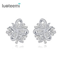 LUOTEEMI Brand Elegant Stud Earrings para mulheres White Gold Color Tiny CZ Crystal Jewelry Flor boucle doreille Wedding Brincos
