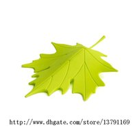 Wholesale Cute Plastic Autumn Maple Leaf Style Door Stopper Home Decorative Ornament Doorstop Safety Guard Finger Stopper Holder Green