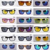 gafas de plástico de moda al por mayor-Gafas de sol del deporte de la manera para la mujer y el hombre Gafas de sol del diseñador de la marca del plástico barato de la bici Gafas de sol que conducen al aire libre Venta caliente de anteojos