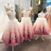 vestidos exclusivos para meninas venda por atacado-Luxo Em Camadas Vestidos De Baile Meninas Pageant Vestidos com Apliques de Pérolas Jóia No Pescoço Primeiras Comunhões Vestidos Designer Exclusivo Meninas De Flor Vestidos