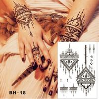 el dövme desenleri toptan satış-Tasarlanmış Üçgen Basit Siyah Kına Geçici Dövme Hem Eller Inspired Vücut Sticker Toptan Ücretsiz Kargo