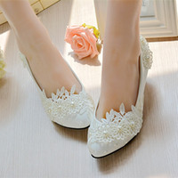 Wholesale White Lace Low Heels - 2017 Stylish Pearls Flat Wedding Shoes For Bride 3D Floral Appliqued Prom High Heels Plus Size Pointed Toe Lace Bridal Shoes
