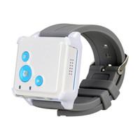 tv remota mão venda por atacado-Super mini GPS Tracker SOS comunicador Para Crianças Idosos Pet Rastreamento Remoto via internet site / SMS / APPs RF V16