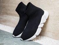ingrosso stivali a maglia maglia-Scarpe da ginnastica di lusso nero da allenamento in maglia nera, calzini sportivi neri con tripla moda piatta, con scatola