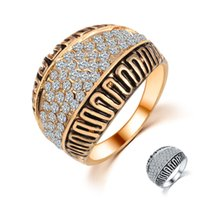 Wholesale wholesale box sets china online - Hualu P4 New Retro Style Crystal Rhinestone Set Brass Plated Gold Silver Wedding Ring With Gift Box For Women Men Lady Party Gift