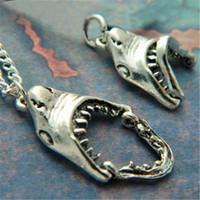 große weiße haie großhandel-12 teile / los Shark Halskette Great White Shark Quirky Halskette Ozean Schmuck Shark Zähne Geschenk in silber
