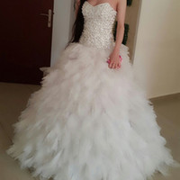 strapless tulle vestido de fiesta ruffled falda al por mayor-Vestido de gala Vestidos de boda de lujo Sin tirantes Diamantes Volantes Falda de tul Longitud del piso Vestidos de novia Tamaño personalizado