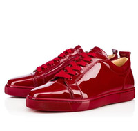 Haut de brevet Prix-Elegant High Top SneakersRed Bottom Shoes Femmes, Hommes Formateurs Wine-Red Patent Leather Junior Lace-up Spikes Red Sole Luxe Robe de soirée