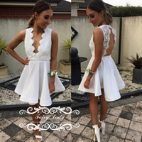 Sexy Deep V Neck Backless Short Lace Cocktail Dresses для женского клуба Pleat A Line White Без рукавов Party Prom Dress Dress