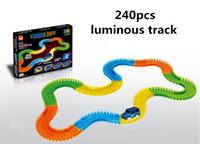 autos großhandel-240 stücke Luminous Track Cars Led-leuchten Pädagogisches Jeep CRV Veichle Modell Spielzeug Für Kinder Jungen Geburtstag Weihnachten geschenke Pack