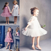 Vintage Short White Pink Puffy Tulle Cupcake Flower Girl Dresses 2017 Nouvelle marque de fille Robes avec 3/4 manches Enfant Birthday Party Dress