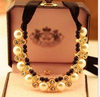 jóias colares design venda por atacado-Senhoras Bib Gargantilha de Jóias Colar de Pérolas Design Charme Pingente Declaração Colares Colar de Pérolas Frete Grátis Presente de Natal para a Senhora