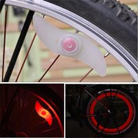 Bicyclette Bicyclette LED Light Motocyclette électrique Roues de voiture Spoke Lamp Wind Fire Wheels Silicone Flash Lights With Retail Package
