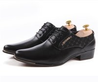 Wholesale Hot New Lace Up Shoes - hot sale 2017 Designer new white groom wedding shoes men's casual business shoes leather lace-up cusp dress Shoes