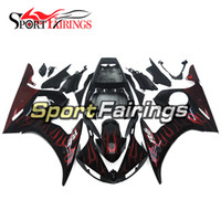 Black Red Flames Complete Fairings pour Yamaha YZF600 R6 YZF-R6 05 Année 2005 Injection ABS Motorcycle Fairing Kit Panneau de Cowlings