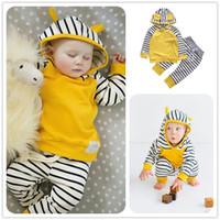 çocuklar için sarı takım elbisesi toptan satış-Mikrdoo Erkek Bebek Kız Rahat Giysiler Sarı Hoodies Çizgili Pantolon 2 ADET Çocuklar Pamuk Takım Elbise Çocuk O-Boyun Hoody Giyim Uzun Kollu Infantil Üst