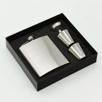 Frasco de alcohol 7 oz de acero inoxidable Hip Flask Sets Flagon con Funnel Cups Whisky de vino Portable Flagon Bottle Caja de regalo Set de embalaje Tamaño