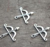 ingrosso fascino dell'arco d'argento-25 pezzi - Ciondolo in argento tibetano tondo antico con pendente a forma di arco e freccia, 25x26mm