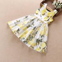 yeni boyun tarzı elbise toptan satış-2017 kore tarzı yeni gelenler sıcak satış kızlar yuvarlak boyun kolsuz limon baskı dress kızın yaz elbiseler ücretsiz kargo 3 renk