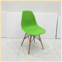 Wholesale Modern Wood Dining Chairs - Green DSW Retro Dining Chair Office Cafe Kitchen PP BLACK Seat Natural Wood legs Exported Carton Packing NEW