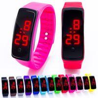 силиконовые электронные спортивные наручные часы оптовых-Мода светодиодные силиконовые электронные наручные часы конфеты желе спортивный прямоугольник светодиодный цифровой дисплей с сенсорным экраном часы