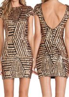 robe en or embellie achat en gros de-Sexy Gold Silver Sequined Embellished Backless Gaine Robe Homecoming avec manches courtes Robe de cocktail pour personnes âgées Custom Made