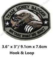 Wholesale Swat Team - TEAM HONEY BADGER MILITARY TACTICAL US ARMY ISAF Hook & Loop Patches BADGE MORALE MILSPEC MILITARY SWAT Embroidered OUTDOOR