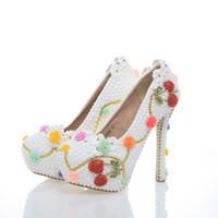 weißes kleid kirschen großhandel-2017 Schöne Weiße Perle Hochzeit Schuhe mit Kirsche Braut Kleid Schuhe Formale Kleid High Heels Cinderella Event Prom Pumpen