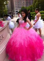 Robe de bal Quinceanera robes rose rouge Fuchsia Sweet 15 ans sans manches sweetheart Neck beading cristaux Cheap Price Wonderful Hot Sale