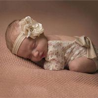 bodysuit do bebê petti romper venda por atacado-Macacão de bebê recém-nascido Lace Romper fotografia Baby Girl Cute petti Macacões de arco Infant Toddler Foto roupa Soft Lace Bodysuit 0-3M KBR07