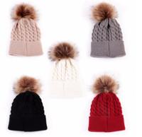 tığ işi şapkalar yürümeye başlayan çocuk moda toptan satış-En Yeni Moda Yenidoğan Bebek Bebeği Çocuk Bebeği Şapkalar Kız Çocukları Sıcak Kış Örtüleri Beanie Kürk Pom Şapka Kroşe Kapak