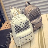 Mulheres Mini Mochilas PU Leather Riveting Casual Bags Classical Teenagers Moda Viagem Rivet Back Pack Bag