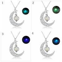 luz pingente de abóbora venda por atacado-Glowing Glow Dark Jewelry oco para fora a prata antiga Halloween lua abobadinhas pendente luminosa contas colar YYA518