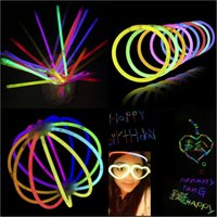 Neon LED Light Sticks Multi couleur Glow Stick Flash Bracelet Colliers Enfants Adultes Party Jouets Cadeaux Gratuit DHL 287