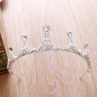 En stock Courante nuptiale Rhinestone Cristal Mariage Party Prom Homecoming Couronnes Bande Princesse Bridal Tiaras Accessoires pour cheveux Fashion Pearl
