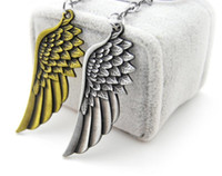Wholesale Men Feather Ring - Vintage cooal punk Metal Angel Wing keychain retro unique alloy Feather pendant Key ring chain charm keyring trinket Men Gift