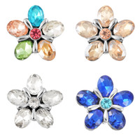 Wholesale Diy Earrings Diamond - 21mm 4 Colors Flower Shape Diamond Button Fashion DIY Noosa Chunks Jewelry Accessories Snaps Buttons For Earrings Christmas Gift N135S