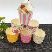 estuches a prueba de grasa al por mayor-Cake Mold Cupcake Tool Mini Muffin Tazas para hornear Bandas estilo aleatorio Envoltura de cupcakes, Forros para cupcakes Estuches de papel a prueba de grasa