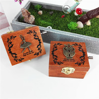 Wholesale bamboo music online – design Woodiness Hand Retro Music Box Creative Fashion Gift For Friends High Grade Home Furnishing Decorate Arts And Crafts lz J