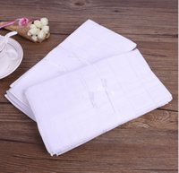 Wholesale 2017 Cotton Male White Handkerchiefs Satin Table Handkerchief Super Soft Whitest Pocket Towboats Squares cm for Banquet Party Use