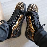 alto para homens venda por atacado-Stud Dourado / Miçangas / Spikes / Sapatilhas de cano Alto Sapatos Mulher, Homens Sapatos de Fundo Vermelho Designer Caminhada Casual Original Tamanho da Caixa: 35-47