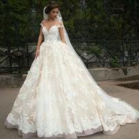 arabische kleider großhandel-Vintage Türkei Lace Ballkleid Brautkleid 2019 Schulterfrei Prinzessin Libanon Illusion Jewel Neck arabische Braut Brautkleid Brautkleid