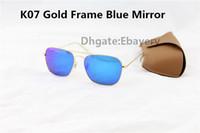 ingrosso occhiali da sole blu rettangolo-1pcs migliore qualità uomo donna moda rettangolo occhiali da sole caravan occhiali da sole oro lega metallo flash specchio blu 58 millimetri vetro Len con custodia
